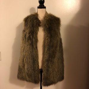 Rachel Zoe large faux fur vest